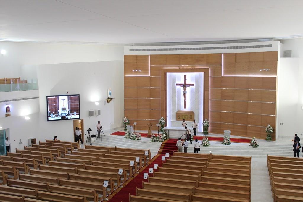 St. Paul's Mussaffah - Letzt Vorbereitungen . Inauguration . Kirchweihe (35)